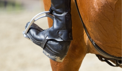 jockey boot in stirrup