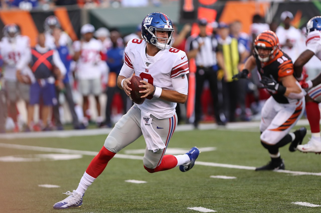 Daniel Jones & giants odds